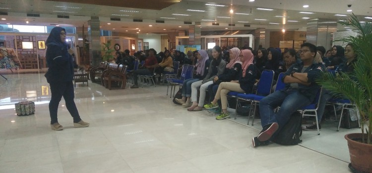 "Seminar dan Workshop ""Entrepreneurship for Better Future"""